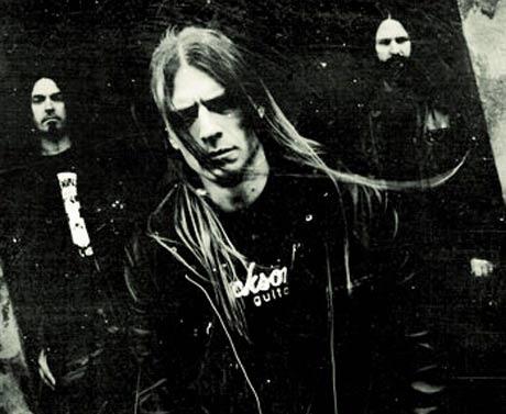 grave-2011